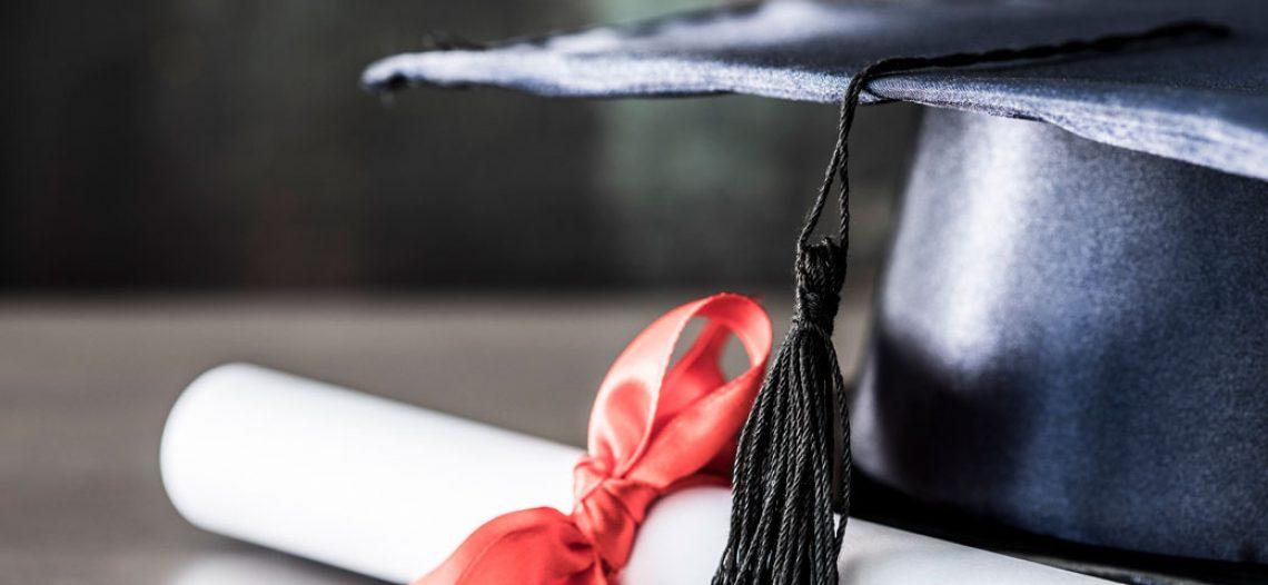 Candidata com formação acadêmica superior à exigida pelo edital garante nomeação pela Justiça