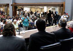 Mobilização de servidores e advogados leva a adiamento da votação do 'Projeto do Calote'